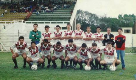 1994 GE Universal (branca)