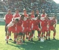 2002 EC São Luiz (vermelha)